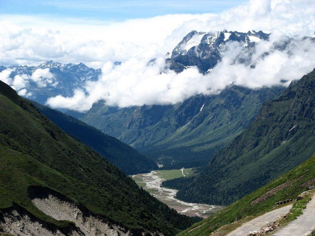 tourist places in sikkim>Lachung