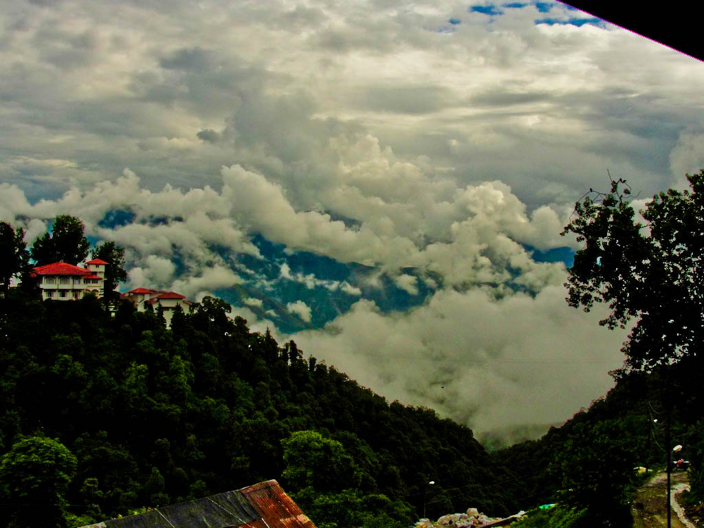 Mussoorie, Uttarakhand is the Top 10 Hill Stations In India