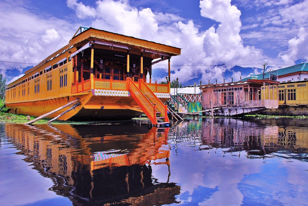 Srinagar, Kashmir is the Top 10 Hill Stations In India