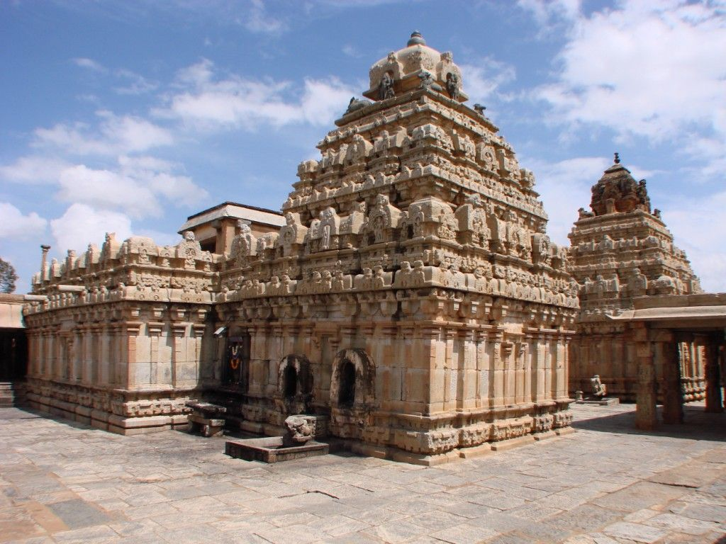 10 Famous Temples In Bangalore