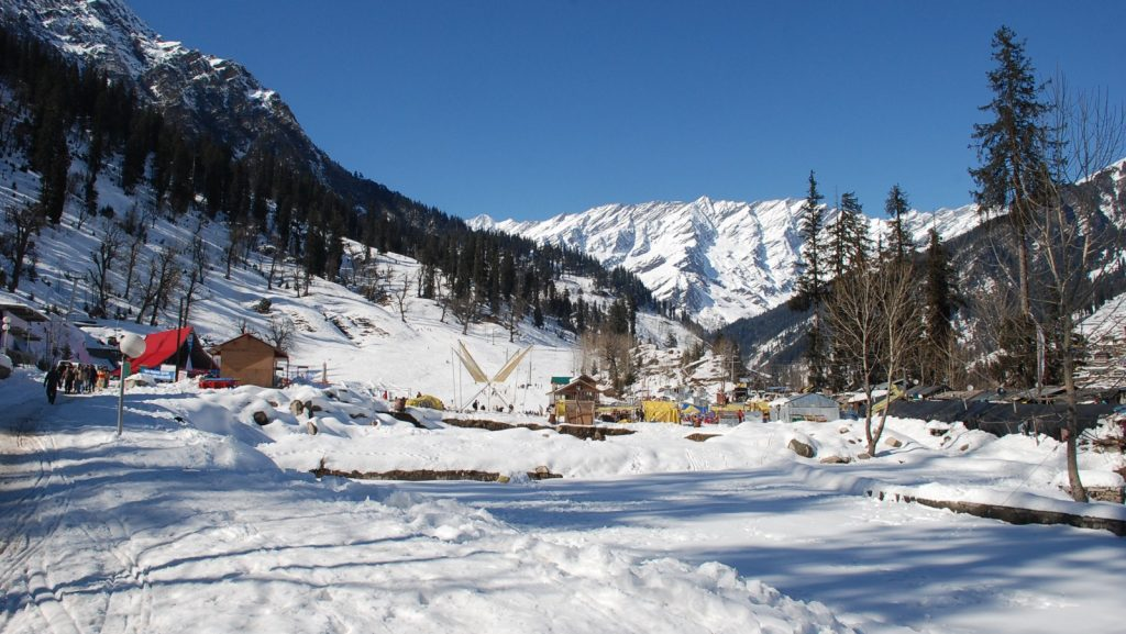 Manali is one of the best Hill Stations Near Chandigarh