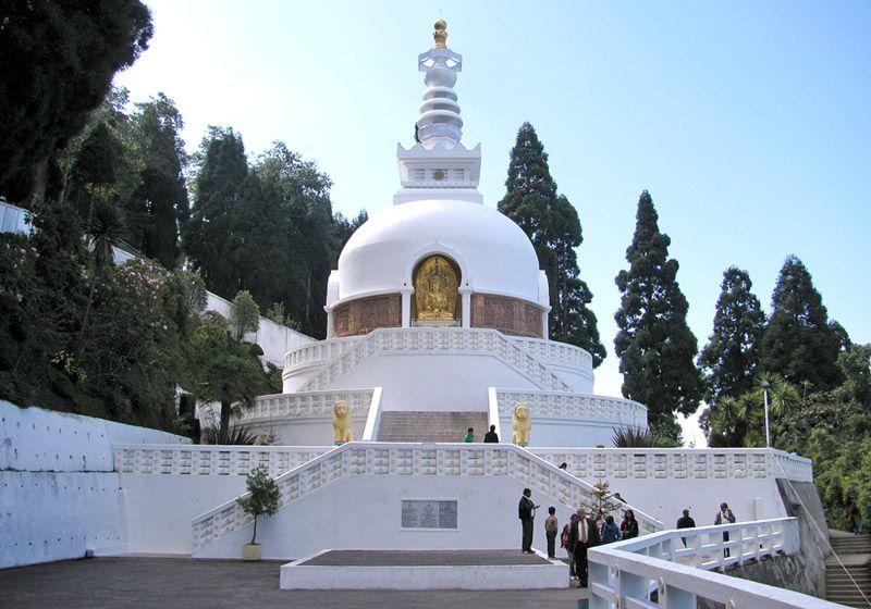 Peace Pagoda: Explore & Meditate
