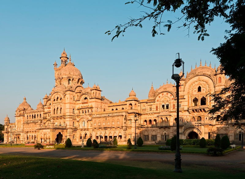 15 Fascinating Tourist Places In Ahmedabad