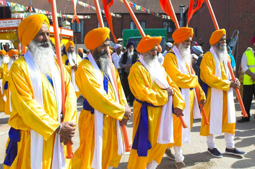 Gurpurab: Religious Processions and Peaceful Hymns (nineteenth November, Friday)