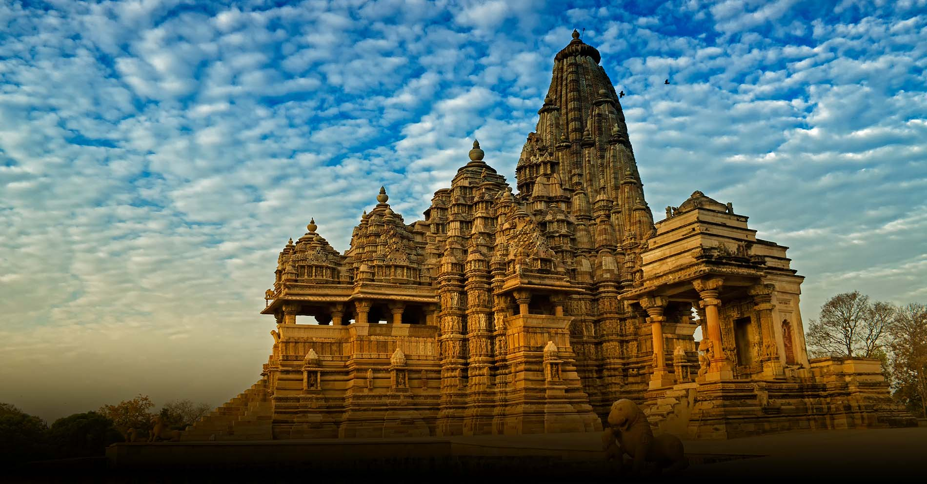 10 Famous Temples In Hyderabad For Your Spiritual Quest!