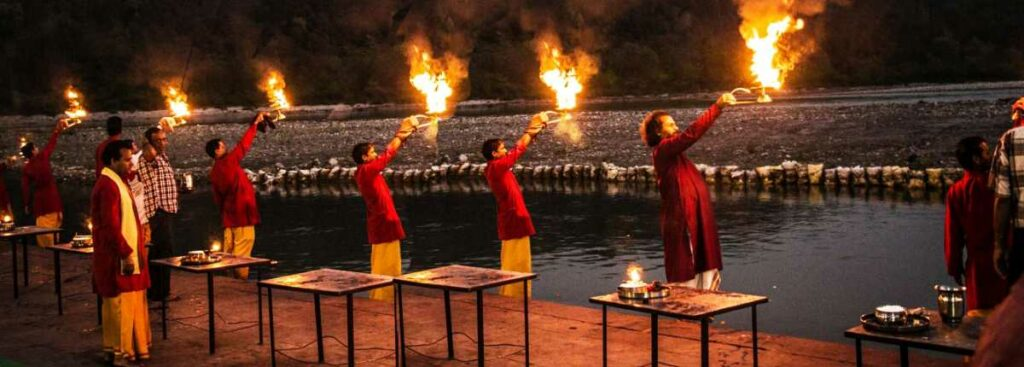 Triveni Ghat: For Framing The Aarti