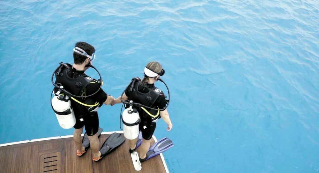 Scuba Diving (Explore Marine Life)