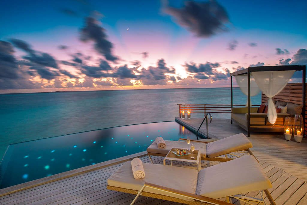 Maldives Tour Package For Couples 2021, Book @ Flat 26% off