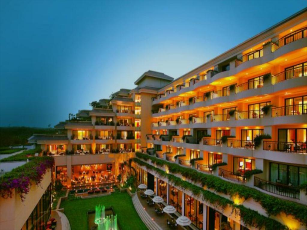 Vivanta By Taj Resort