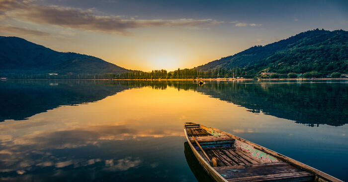 15 Best Houseboats In Kashmir: A Treat For Nature Buffs