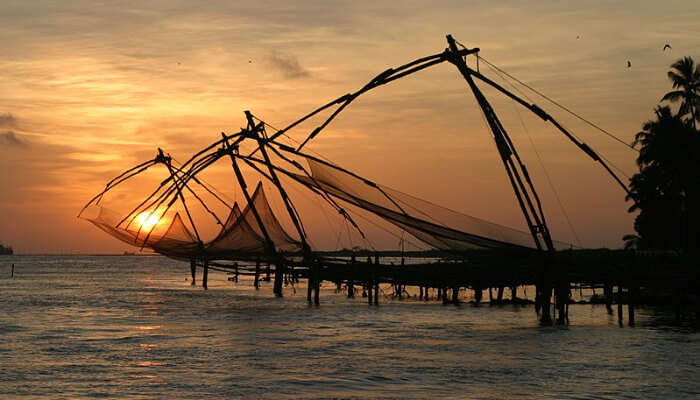 Veeranpuzha Beach – Witness The Changing Colors Of Sky