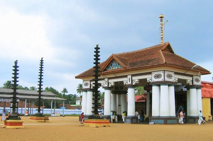 Gowreeswara Temple Cherai – Worship With Clear Heart
