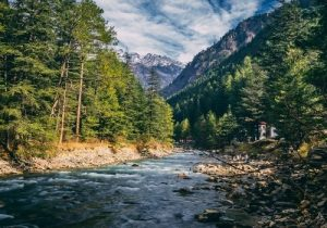 7 Rivers In Himachal Pradesh That Will Make Your Sightseeing Experience More Epic